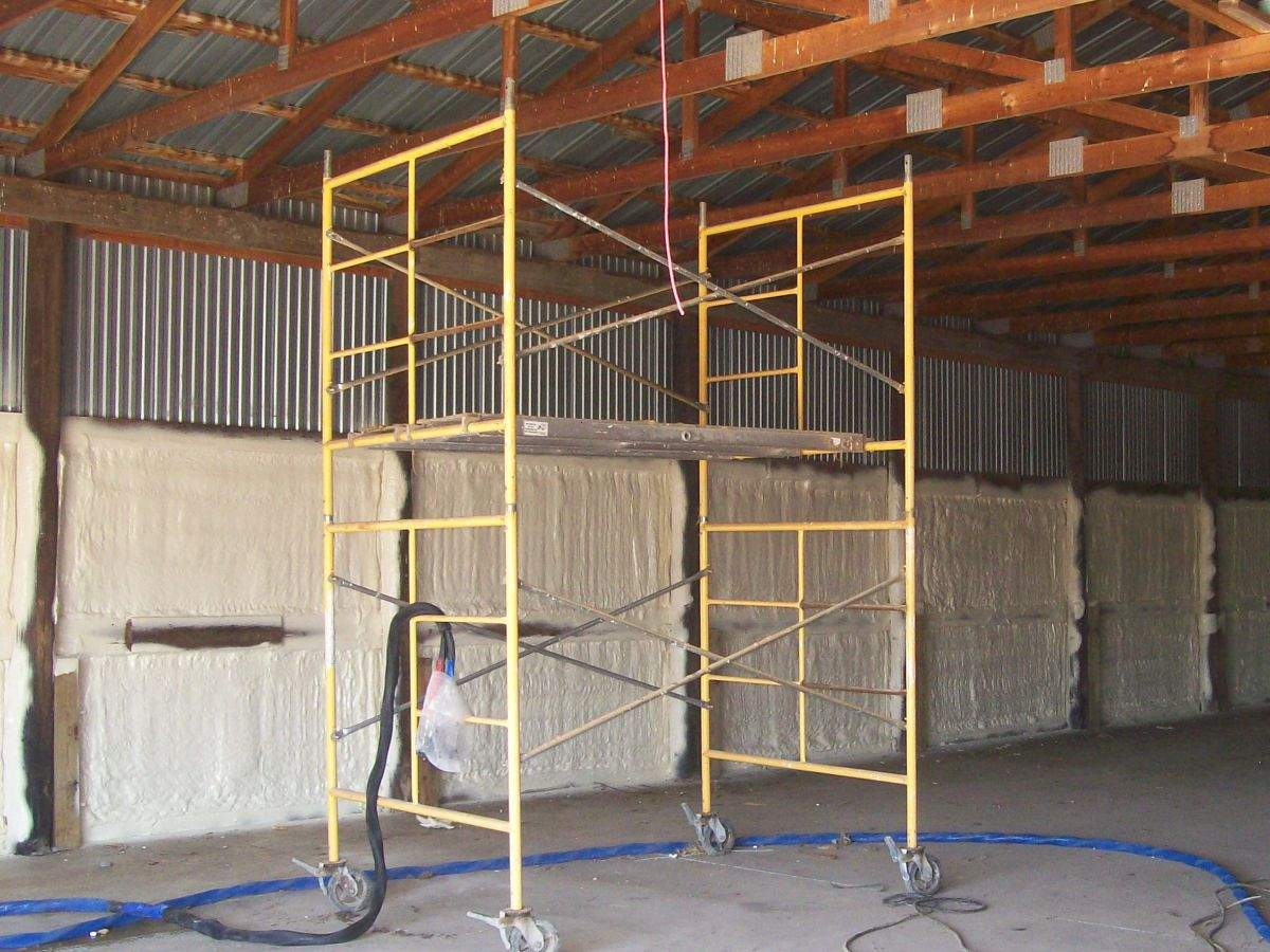 Spray-foam-insulation-1.JPG