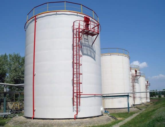 Tank containment coatings