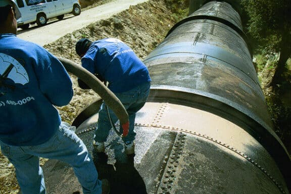 Polyurea ArmorThane Pipeline Coatings10