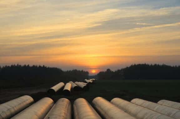 Polyurea ArmorThane Pipeline Coatings9